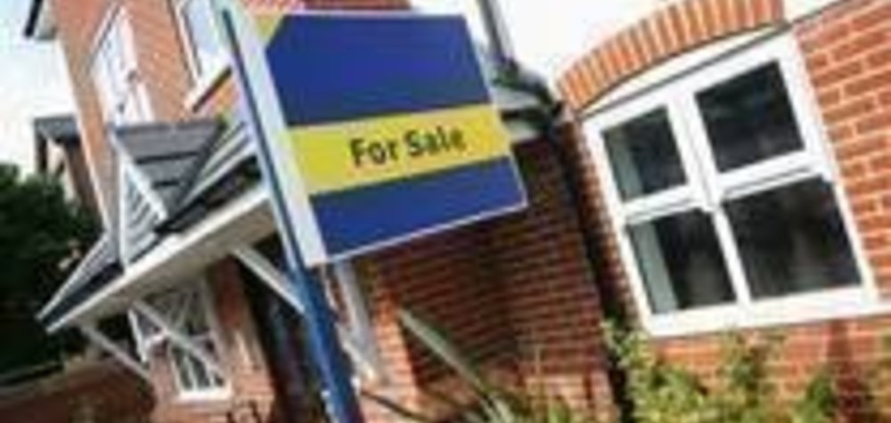 House prices to fall 1% in 2017, predicts Countrywide
